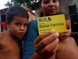 quem-tem-direito-ao-bolsa-familia-300x225 2019